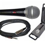 Numark WM200 Microphone Dynamique avec Clip de Fixation et Etui de Transport Solide avec Doublure en Mousse de la marque Numark image 1 produit